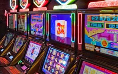 Free no-download slots or regular slots. Which is better for new players online?